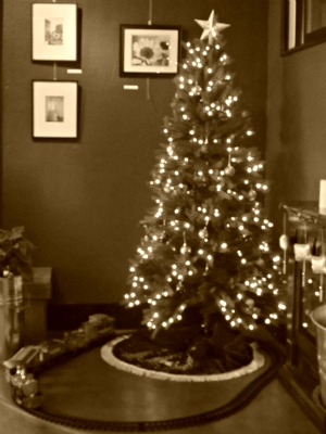 sepia scenes christmas at bru 31photosin31days - Train For Around Christmas Tree